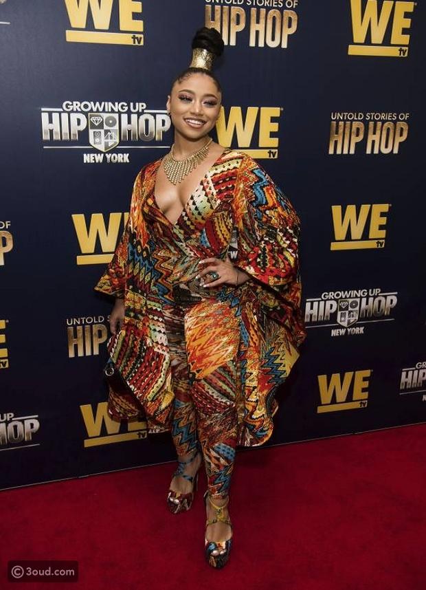 """أزياء مزركشة خلال افتتاح فيلم """"Growing Up Hip Hop"""""""