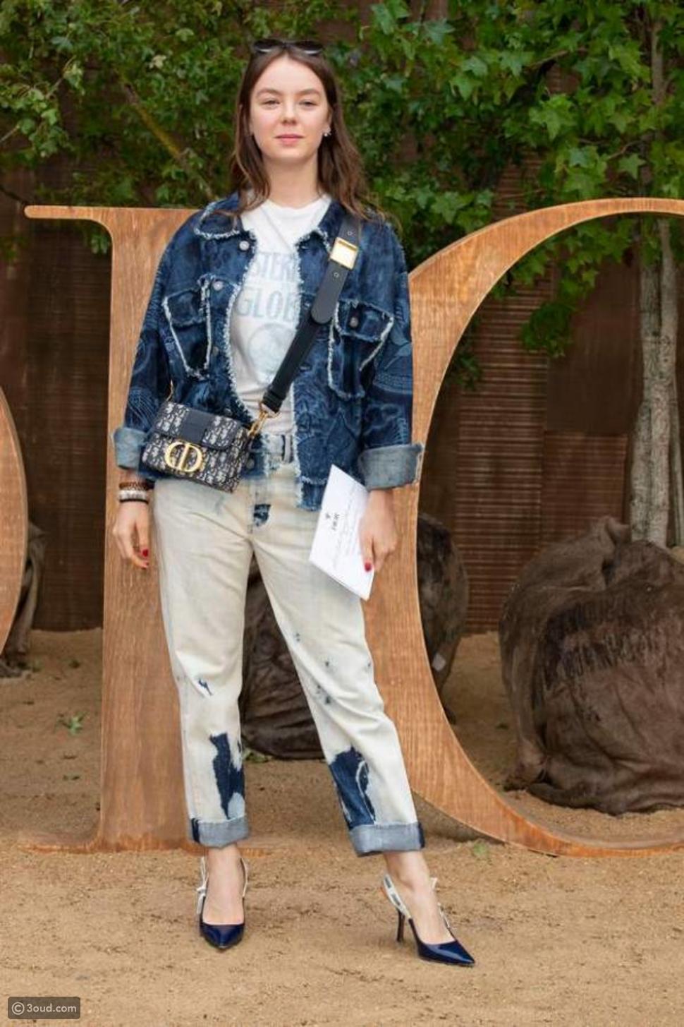 الأميرة ألكسندرا دو هانوفر تتألق في أسبوع الموضة الفرنسية