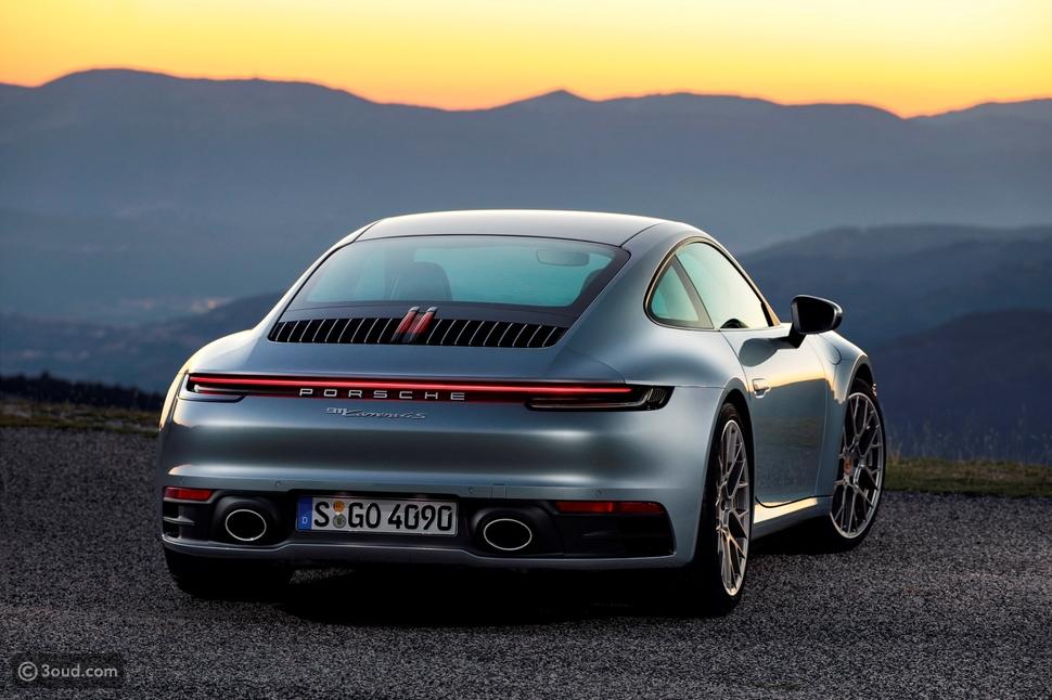 سيارة بورشه 911 الجديدة: قوة جبارة وسرعة فائقة بتصميم جديد