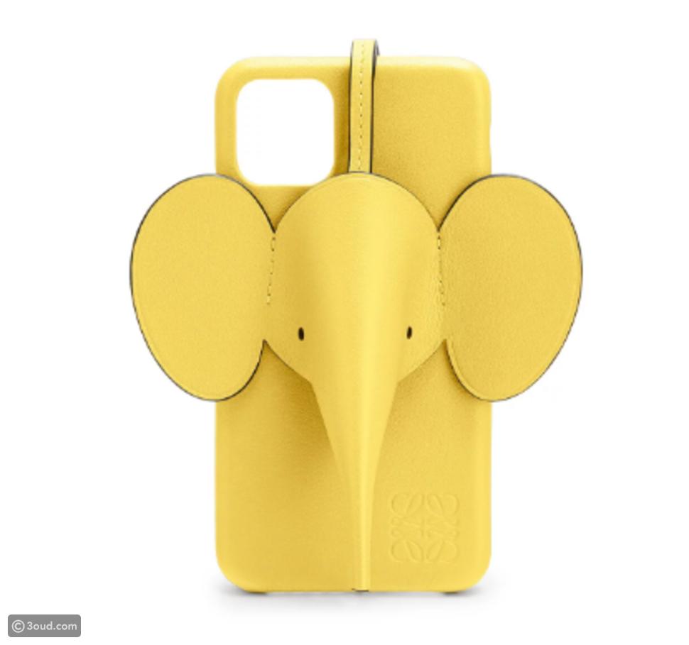 LOEWE تطلق غطاء هواتف آيفون بتصميم الفيل