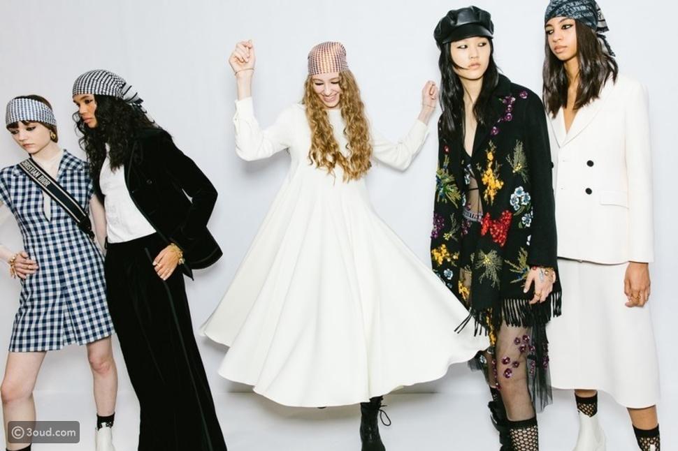لهذا السبب انتشرت عصابات الرأس والكحل في مجموعة Dior